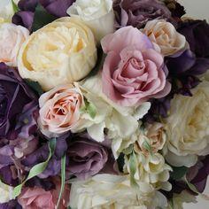 Flori colorate #flori #artificiale #floriartificiale #alb #ivoire #roz #lila #mov #purpuriu #violet #plante #uscate #planteuscate #floriuscate #decoratiuni #naturale #cadou #unicat #infrumusetare #casa #birou #flowerstagram #beatrixart www.beatrixart.ro