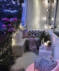 Flashily Ideas for Balcony Lighting Accessories - Unique Balcony & Garden Decoration and Easy DIY Ideas Apartment Balcony Decorating, Apartment Balconies, Cool Apartments, Small Balcony Design, Small Balcony Decor, Balcony Ideas, Balcony Garden, Pergola Ideas, Balcony Lighting