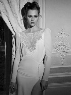 Foto 17 de 33 Inbal Dror viste a sus novias con vestidos sencillamente espectaculares, confeccionados en tejidos | HISPABODAS