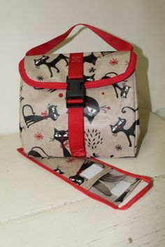 Lancheira térmica c/ porta talheres. Lunch Bag and silverware pouch