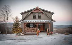 A barn home for the holidays. What could be better than this little beauty? Click thru to see more on Moose Ridge Lodge. #barnhouseplans