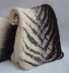 Anat Gelbard- handmade felt bag More