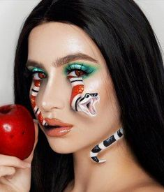 "Chic Scary Winter Makeup Ideas That You Have Never Tried - We all know from ""Nightmare on Elm Street"" that your dreams can get you killed by Freddy Krueger. Written by Craven, a former English teacher, the fil. Haloween Makeup, Cool Halloween Makeup, Scary Makeup, Costume Makeup, Halloween Zombie, Horror Makeup, Zombie Makeup, Cool Makeup Looks, Creative Makeup Looks"
