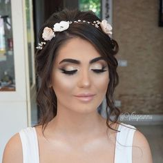 Loved working on this sweet face 😇 @neslign The most elegant Brides ❤️Another  Breathtaking Bridal Styling another Princess by @UmmuDogaBeautySalon  #Perfection My signature Bridal Look For my beautiful Bride Neslihan ❤️ #VisagieUmmu ✨ ✨ ❤️ 🙈 #Bestteam #UmmuDoga #VisagieUmmu  #BeautySalon #mostwanted #bestteam #quality #Rotterdam #Netherlands ❤️ ________________________  The place where your dreams come true ! ❤️ @UmmuDogaBeautySalon #mostwanted #Beautysalon #quality #Bridalexperts…