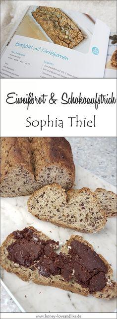 So einfach machst du das Sophia Thiel Eiweißbrot mit Schoko-Haselnuss-Aufstrich. Alles lowcarb! Eat Smart, Food N, Banana Bread, Healthy Recipes, Healthy Food, Snacks, Breakfast, Desserts, Low Carp