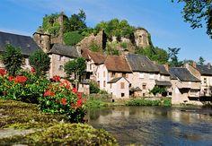 Ségur-le-Château © J.F Amelot / ADT Corrèze