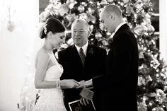 A Christmas Wedding : https://leah.rendistyle.com