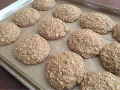 Alexis's Gluten Free Adventures: Cinnamon Bun Oatmeal Breakfast Cookies