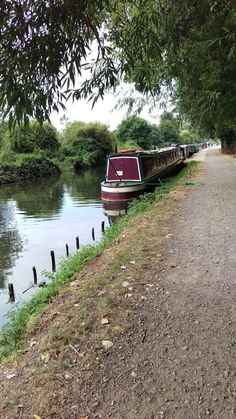 Aldermaston - Kennet & Avon Canal. To the west of Aldermaston Wharf you will find a lovely spot to moor.  www.abcboathire.com