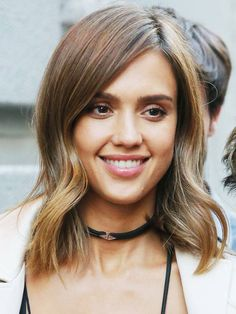 shoulder-length-hairstyles-231756-1502103819091-image.600x0c