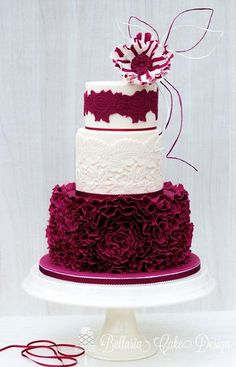 Marsala/ Burgundy in combination with Ivory.