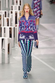 Mary Katrantzou's Sending Us on a Trip to The Psychedelic Sixties for Spring Mary Katrantzou Spring/Summer 2017