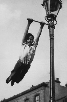 Haunt of an Urban Tarzan 1955  Photo: John Drysdale