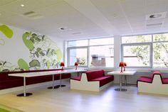 Minimalist+Office+Room+Interior.jpg (670×450)