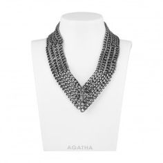 Short necklace, 4 rows of curb chains