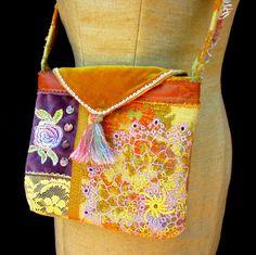 Handgefertigte Tasche Vintage Stoffe Leder von GreenLeavesBoutique, $45.00