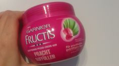 Garnier Fructis Prachtauffüller Kur.  http://lucciola-test.blogspot.de/2014/08/produkttest-garnier-fructis_17.html