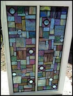 Stained Glass Mosaic Window-This shouldn't be hard to do. It looks like they used something for backing, wood maybe? I'm not even sure there's any grout. A cool and easy project! Mosaic Crafts, Mosaic Projects, Stained Glass Projects, Stained Glass Patterns, Stained Glass Art, Mosaic Art, Mosaic Glass, Mosaic Tiles, Mosaic Mirrors