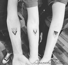 Geschwister Tattoo - B-After - Tattoo - Tattoo Group Tattoos, Bff Tattoos, Little Tattoos, Mini Tattoos, Cute Tattoos, Body Art Tattoos, 3 Best Friend Tattoos, Wrist Tattoos, Tattoo Friends