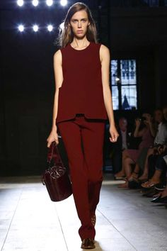Victoria Beckham Spring Summer 2015 - single colour outfit in burgundy - great for lengthening petites