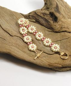 SUPER DUO FLOWER Bracelet Pastel Cream by CinfulBeadCreations