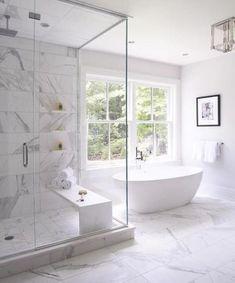 Bathroom tub window marbles Trendy Ideas Badezimmer Badewanne Fenster Marmor Trendy I Clean Shower Doors, Modern Master Bathroom, Master Baths, Bathroom With Window, Master Shower, Modern Bathtub, Bathroom Windows, Master Bath Tile, Modern Luxury Bathroom