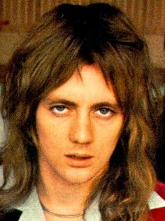 """This, my friends, is what is called """"eye fucking"""" and no one is better at it than Roger Meddows Taylor. Great Bands, Cool Bands, Queen Drummer, Roger Taylor Queen, Queen Pictures, Ben Hardy, We Will Rock You, British Rock, Queen Band"""