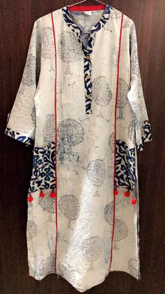 Mitti Dhaboo bagru printed kurti with jawata printed pocket. Kurti Neck Designs, Kurta Designs Women, Dress Neck Designs, Kurti Designs Party Wear, Blouse Designs, Printed Kurti Designs, Stylish Dress Designs, Stylish Dresses, Casual Dresses