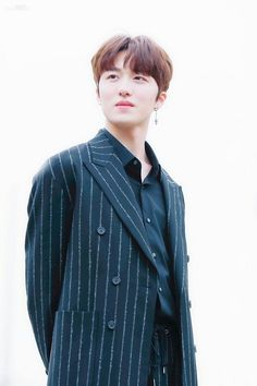 Kang Chan Hee, Chani Sf9, Fnc Entertainment, Kpop Boy, Capricorn, Bellisima, Boy Groups, Rapper, Handsome