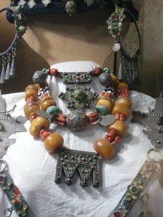 Picture taken during visit at the 'Musee TISKIWIN de Marrakech' Tribal Jewelry, Indian Jewelry, Boho Jewelry, Beaded Jewelry, Jewelery, Beaded Bracelets, Necklaces, African Beads, Ancient Jewelry