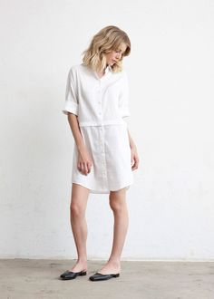 The Convertible Shirt Dress | 5 pieces = 30 outfits | The Minimal Capsule #capsulewardrobe #womensfashion #ethicalfashion #sweaters