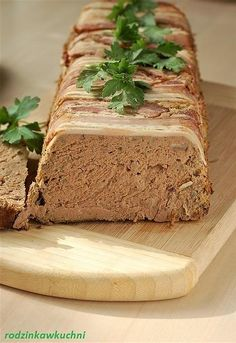 Pasztet z indyka i inne wielkanocne pasztety Homemade Sausage Recipes, Charcuterie, Banana Bread, Bakery, Good Food, Food And Drink, Meat, Dinner, Cooking