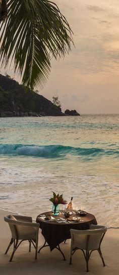 Beach dinner at Four Seasons Resort Seychelles