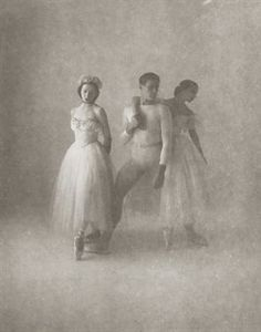 View Nora Kaye, André Eglevsky and Alicia Alonso; and Alicia Markova, 1948 By Irving Penn; Access more artwork lots and estimated & realized auction prices on MutualArt. Vintage Dance, Vintage Ballet, Shall We Dance, Just Dance, Historia Do Ballet, History Of Dance, Ballet Russe, Irving Penn, Markova