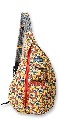 The KAVU Rope Bag has so many uses. It's a durable day pack you can use on the trail or around town, and the perfect travel companion. It's functional enough for daily use and stylish enough to make a