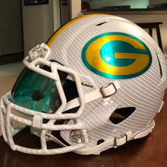 Green Bay Packers authentic Riddell hydro dipped custom helmet with tons of extras! Green Bay Packers Merchandise, Green Bay Packers Jerseys, Packers Football, College Football Helmets, Football Stuff, Texas Longhorns Football, Custom Helmets, Sports Helmet, Custom Football