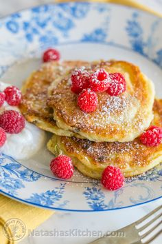 Danielle Dolinsky sent me an interesting email a while back; a recipe for her Ukrainian syrniki, also known as tvorog pancakes.It's her specialty and it was featured on the Martha Stewart Show (sounds soo soo dreamy!). Here's a link to her syrniki recipe and a...