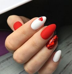 78 Most Fabulous Valentine's Day Nail Art Designs 2019 - Valentinstag Nageldesign Beautiful Nail Art, Gorgeous Nails, Pretty Nails, Cute Red Nails, Fabulous Nails, Valentine Nail Art, Valentines Day Cookies, Valentine Nail Designs, Nails For Valentines Day