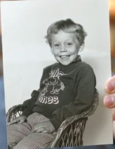 Baby Hiddles. HE IS TOO FREAKING CUTE!!!! Look at that adorable little face!