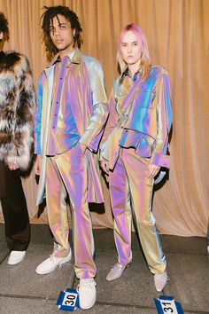 The Best Backstage Photos From New York Fashion Week Fall 2018 - Our Best Backstage Photos from New York's Fall 2018 Collections Source by raki_f - New York Fashion, Runway Fashion, Fashion Art, High Fashion, Fashion Design, Holographic Fashion, Future Fashion, Dress For Success, Bambi