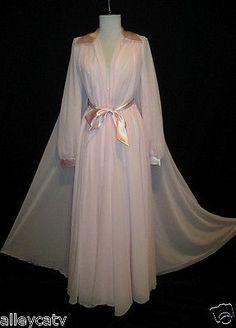 Vintage Claire Sandra Lucie Ann Beverly Hills Pink Nightgown Peignoir Set 32