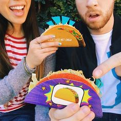 Pin for Later: 11 Food Snapchats You Need to Be Following Taco Bell: tacobell What they snap: funny and interactive stories, Taco Bell menu sneak peeks, and behind-the-scenes snaps of Taco Bell HQ.