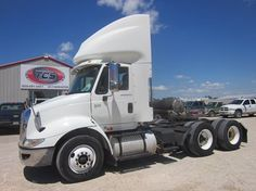 THIS UNIT HAS BEEN SOLD! 2006 International 8600 Conventional Day Cab  http://truckcs.com/Available-Trucks-(1)/Day-Cabs/6J348603.aspx