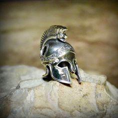 Шлем древнегреческий