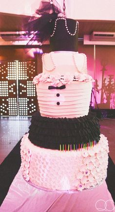 Kathryn Bernardo's Debut by Quirky Creatives :) Kathryn Bernardo Debut, Debut Cake, Vania Romoff, Bridal Car, Debut Ideas, Photography And Videography, Creative Photography, Children, 18th