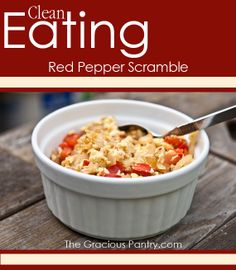 Clean Eating Red Pepper Scramble #cleaneating #eatclean #cleaneatingrecipes #breakfast