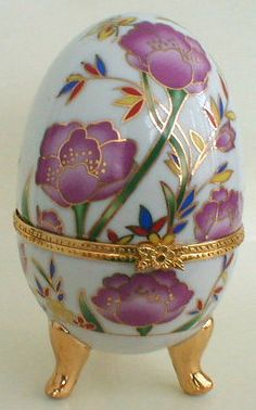 Porcelain Egg Jewelry Box