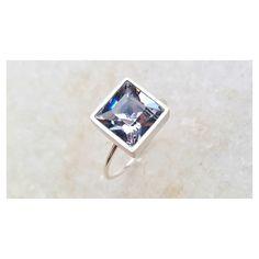 Blue Shade  Meio Azul/meio Cristal. #Copella #Anel #Swarovski #prata #acessorios
