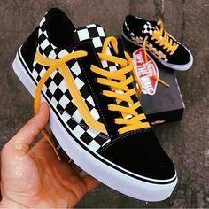 low priced 4bd36 0b326 Vans Old Skool (Primary Checker) Skateboard Shoes (Black) Size