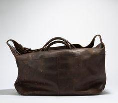 Nachhaltige Accessoires aus Schweizer Hirschleder | Cervo Volante Bags, Fashion, Sustainability, Hang In There, Products, Leather, Handbags, Moda, Fashion Styles